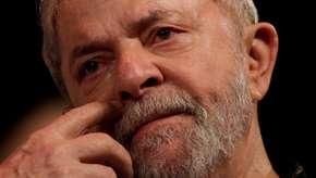 """Lula é indicado ao Nobel da Paz e diz: """"não sei se mereço"""""""