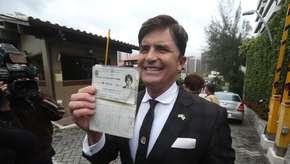 Dr. Rey visita Bolsonaro e se oferece para ministro da Saúde