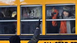 Sobrevivientes de masacre en Newtown vuelven a clases