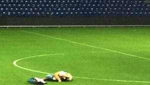Casal é flagrado fazendo sexo em estádio após jogo na ...