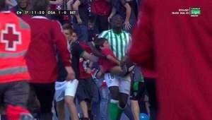 El niño recogido en brazos por N'Diaye, estrella en Osasuna