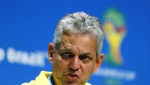 Ecuador cambia a colombiano Rueda, nombra un DT interino