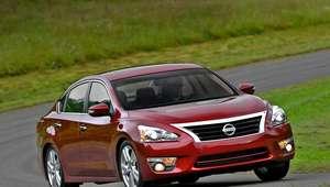 Nissan reparará 220,000 Altimas 2013 por un defecto mecánico