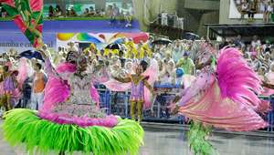 RJ: escolas de samba terão que devolver fortuna ao Estado