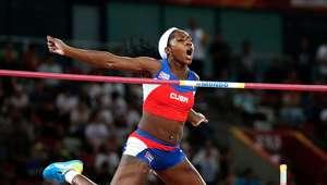 Campeona cubana subasta en beneficio de atleta tetrapléjica