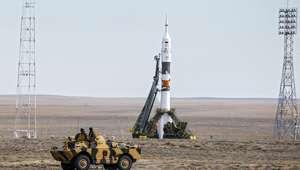 Nave Soyuz desvia de destroços de foguete japonês rumo à ISS