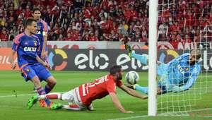 Inter vence Sport no Beira-Rio e encosta no G-4