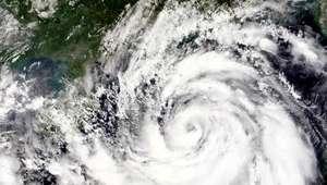 200 mil evacuados en China por tifón Mujigae