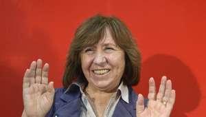 Casas de apuestas tenían a Alexijevich de favorita al Nobel