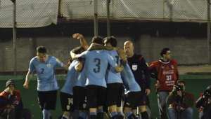 ¡Pura garra! Uruguay golea 3-0 a Colombia en Montevideo
