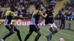 Botafogo perde para Criciúma e tem acesso adiado