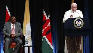 Questões 'espinhosas' esperam o papa em sua visita à África