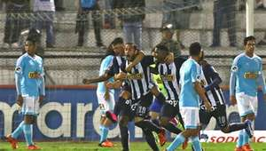 Alianza derrotó 2-0 a Cristal y lo aleja del título Clausura