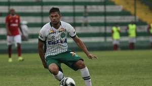 Chapecoense e Joinville vencem na estreia do Catarinense