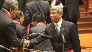 Candidato de Guzmán firmó