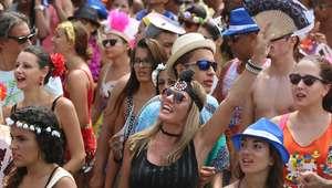 Rio: confira programação do carnaval de rua para esta terça