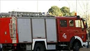 Los bomberos liberan el pene de un hombre con cuatro anillos