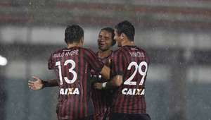Atlético-PR vira sobre Rio Branco e é vice-líder do Estadual