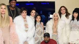 Las Kardashian apoyan la colección de Kanye West