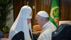 Rusos elogian reunión del papa con patriarca ortodoxo