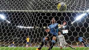 Brasil começa bem, mas vacila na defesa e empata com Uruguai