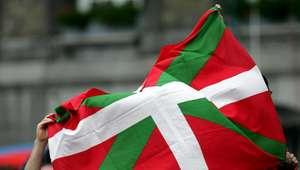 Eurovisión compara la ikurriña con la bandera del DAESH