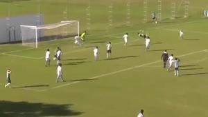 Impresionante gol de escorpión de un futbolista de 14 años
