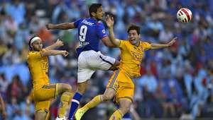 ¿ A qué hora juega Cruz Azul vs Tigres? Clausura 2016