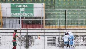 Portuguesa leva virada e inicia Série C com derrota em casa