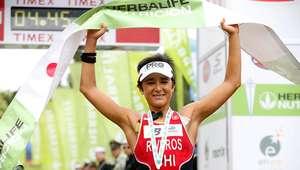 Bárbara Riveros logra el primer lugar en triatlón de Bilbao