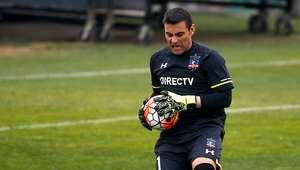 Justo Villar se lesiona en partido frente a Curicó Unido
