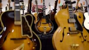 Subastan una guitarra de Eric Clapton en 45.000 dólares