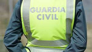 Guardia civil jubilado se suicida tras disparar a dos ...
