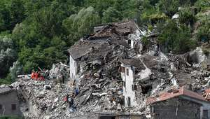 Más de 60 muertos en el devastador terremoto en el ...