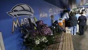 Peloteros cubanos lloran la muerte de Fernández