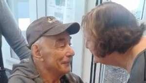 Pareja de ancianos que fue separada tras 62 años juntos ...