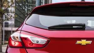 Chevrolet revela detalhes do novo Cruze Sport6