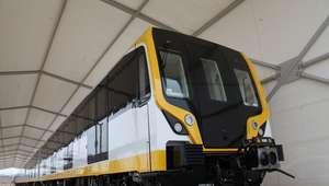 Línea 2 del Metro de Lima: Presentan tren que no ...