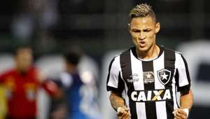 Botafogo celebra a resistência física de Bruno Silva e ...