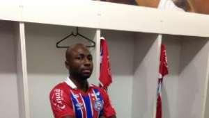 Bahia anuncia contratação de ex-palmeirense Armero