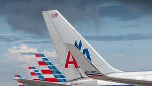 Muere copiloto de American Airlines en aterrizaje