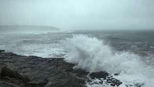 El norte, en alerta roja por el temporal de viento y oleaje