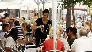 Uno de cada 5 españoles vive con menos de 8.200 euros al año