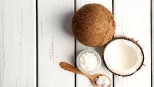 Queridinho, óleo de coco ajuda no clareamento dos dentes