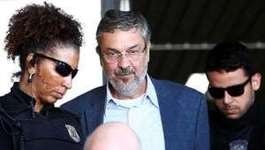 Palocci assina acordo de delação com a Polícia Federal