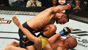 Veja o nocaute de Max Holloway sobre José Aldo no UFC 218