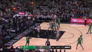 Ginobili brilhou e Spurs venceu Celtics