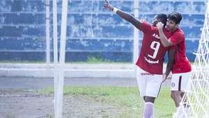 Inter confirma ataque arrasador, goleia e vai às quartas