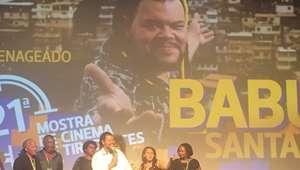 Mostra de Tiradentes 2018: Babu Santana se emociona em ...