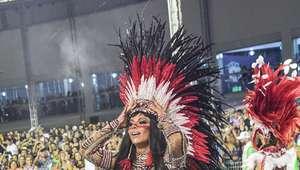 Musas brilham nas passarelas do Carnaval em São Paulo e Rio